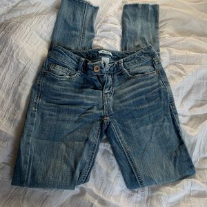 Mudd size 1 frayed skinny jeans